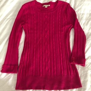 Bright pink 3/4 sleeve light pullover sweater M